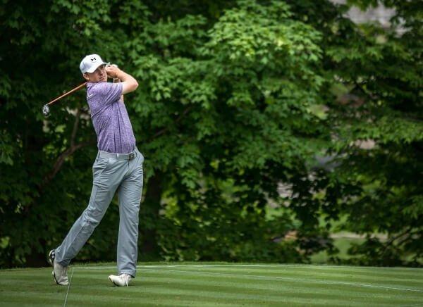 "<figure><img src=""https://www.engagingmuscles.com/wp-content/uploads/2017/05/Jordan-Spieth-Golfing.jpg"" alt=""Jordan Spieth Golfing"" width=""600"" Height=""436"" /></figure>"